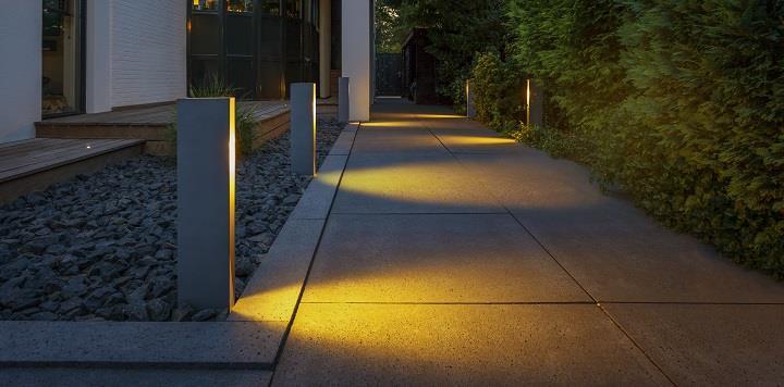 stojace lampy ogrodowe